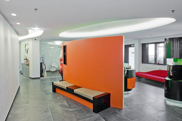 cabinet m dical moderne protektorwerk entwicklung herstellung und vertrieb von bauprofilen. Black Bedroom Furniture Sets. Home Design Ideas